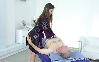 Nice teenage massagist is oftentimes having casual fuck-fest with her aged customers, to earn more money